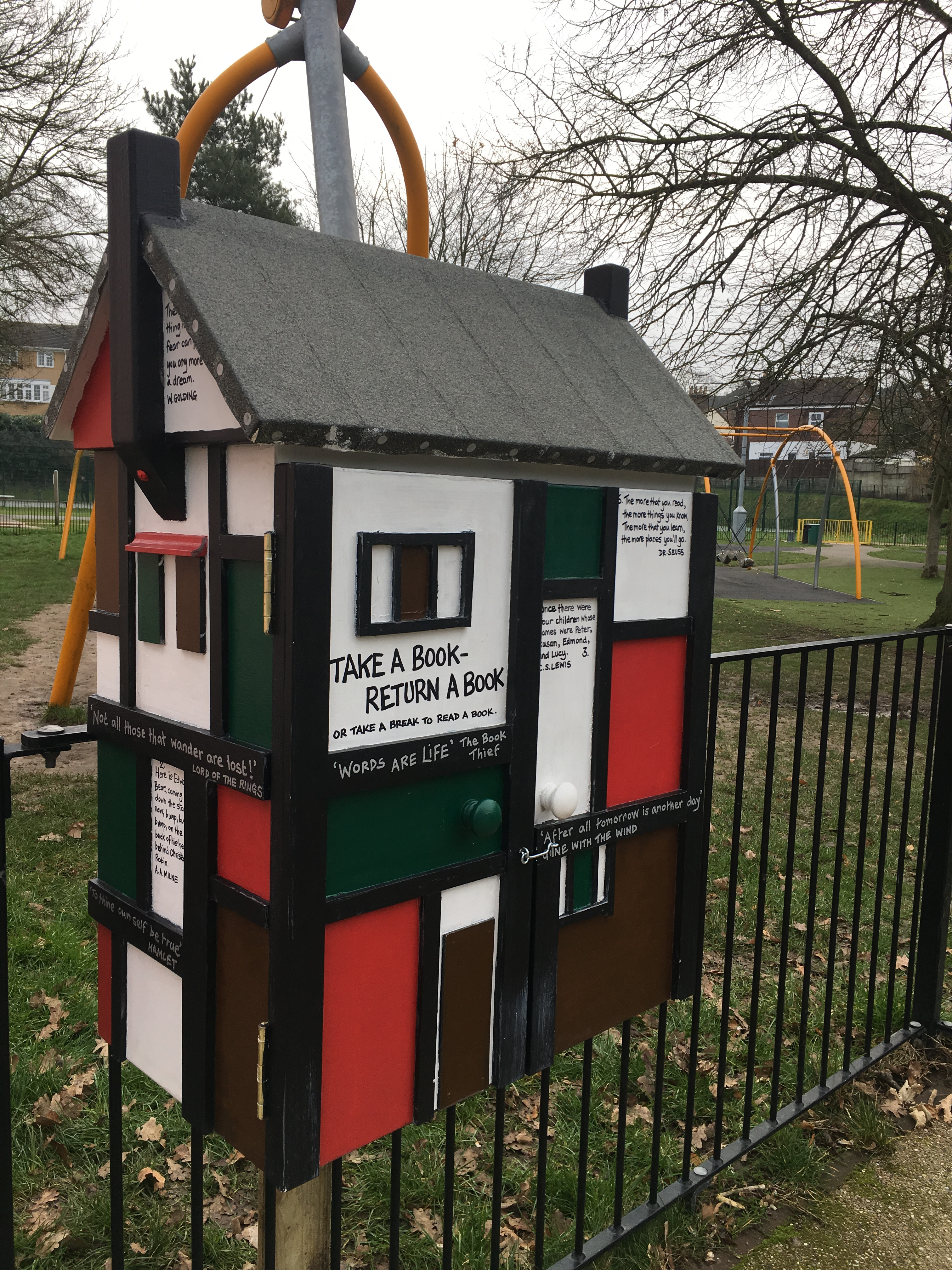 Little Free Library - Memorial Park, Redhill